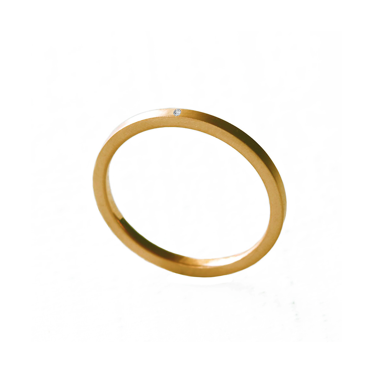 The stackable ring in 14k yellow gold